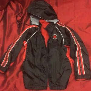 Childs CONVERSE Black and red hooded windbreaker